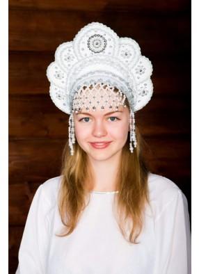 Белый народный кокошник