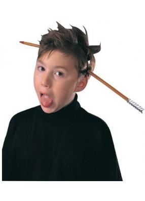 Бутафорская стрела в голове