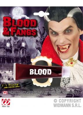 Челюсти вампира с кровью