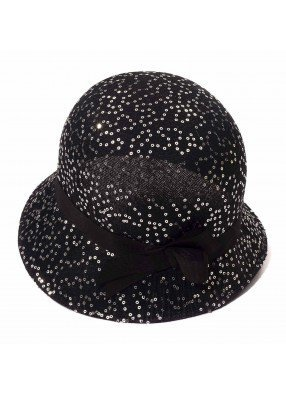 Черная с блестками шляпка в стиле 20-х