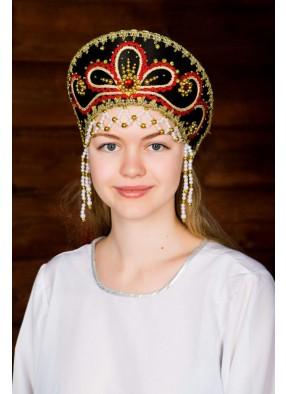 Черный кокошник русской красавицы