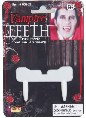 Длинные вампирские клыки