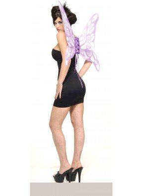 Фиолетовые крылья красивой бабочки