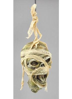 Голова Мумии в бинтах на веревке