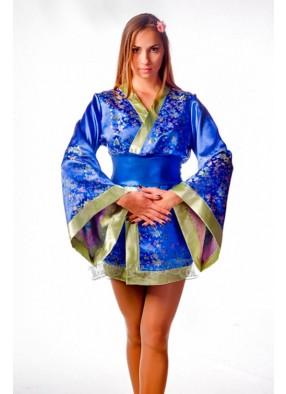Костюм гейши в кимоно