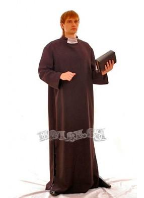Костюм серьезного священника
