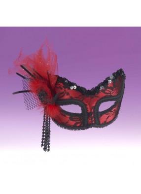 Красная маска на глаза фото