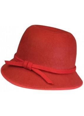 Красная шляпка в стиле 20-х
