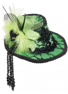Кружевная зеленая шляпа