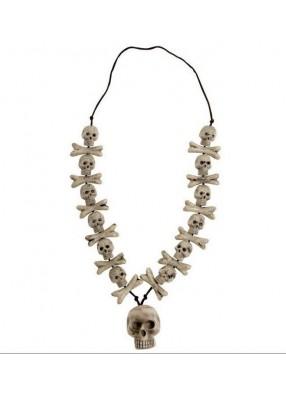 Ожерелье с черепом и костями