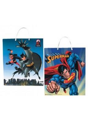 Пакет с изображением Бэтмена и Супермена