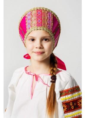 Розовый русский народный кокошник