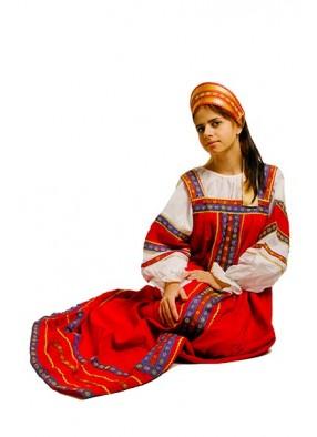 Русский фольклорный костюм из льна