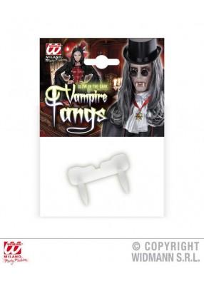 Светящиеся клыки вампира