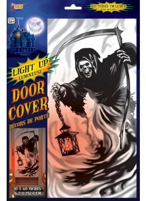 Ведьма с фонарем светящаяся на дверь