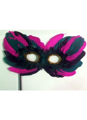 Яркая карнавальная маска