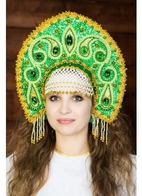 Зеленая корона кокошник девушке