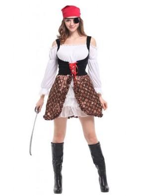 Женский пиратский костюм фото