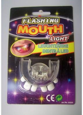 Зубы жуткие с подсветкой