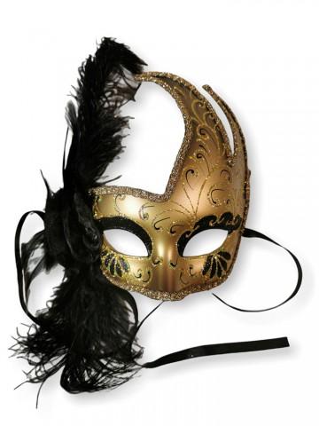 Черная венецианская маска с пером