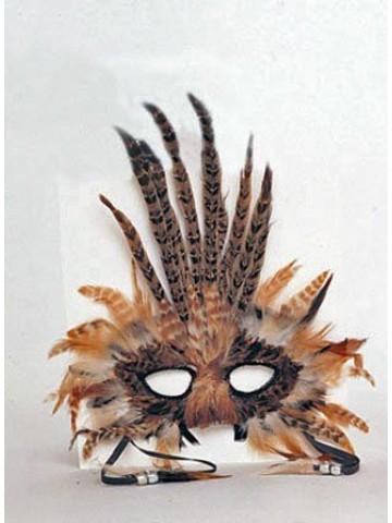 Маска с коричневыми перьями