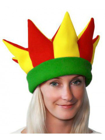 Желто-красно-зеленая шапка петрушки и скомороха