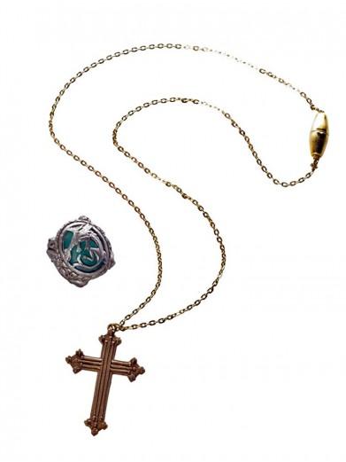 Крест и кольцо пиратки Анжелики